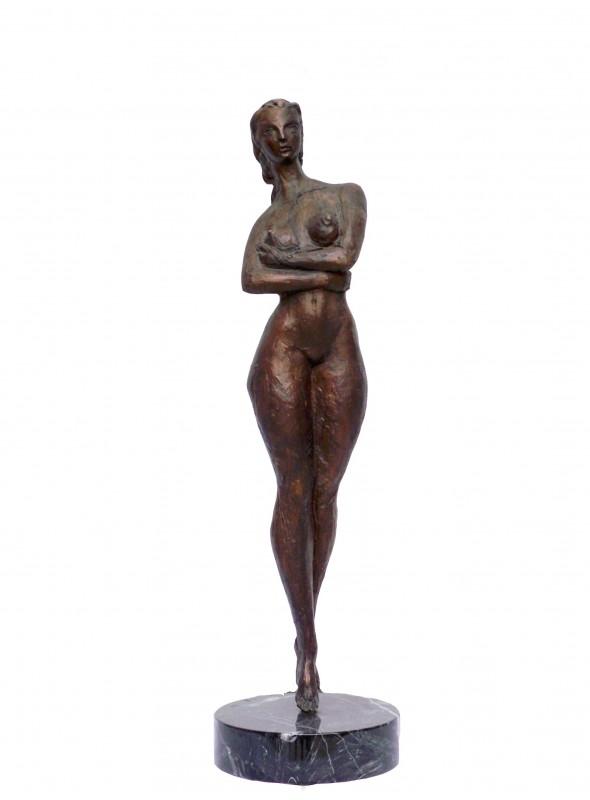 Scultura in bronzo raffigurante la Donna in Piedi