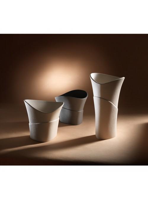 Design vase in porcelain stoneware - Swing beta