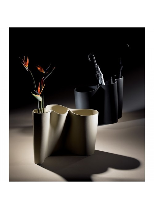 """""""Che Tempo Fa"""" umbrella stand alpha in porcelain stoneware"""