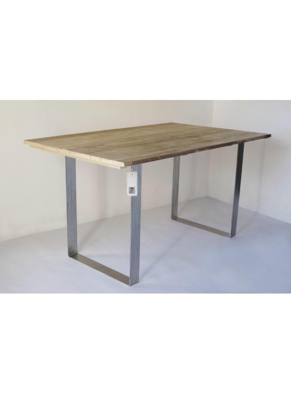 Tavolo in legno di abete riciclato e acciaio inox for Tavolo acciaio design