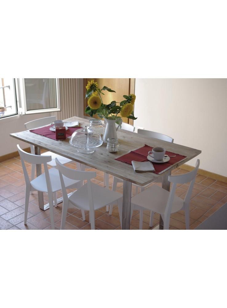 Tavolo in legno di abete riciclato e acciaio inox for Arredamento acciaio inox