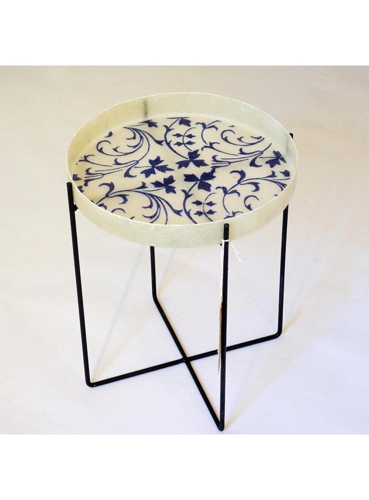 Tavolino o vassoio in ferro resina e tessuto for Tavolino vassoio