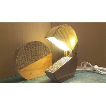 Divertente lampada di ecodesign in cartone - Switcha