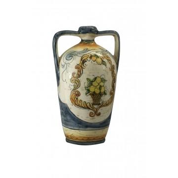 Anfora in ceramica di stile classico