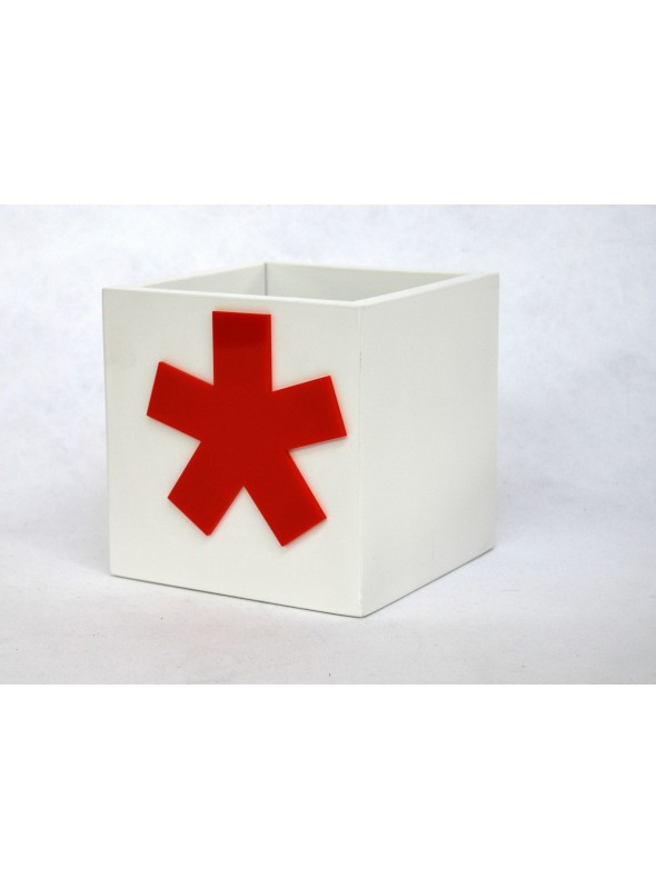 Coloured box with typographical symbol - Buat
