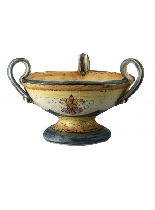 Alzata con manici in ceramica cotta e decorata a mano