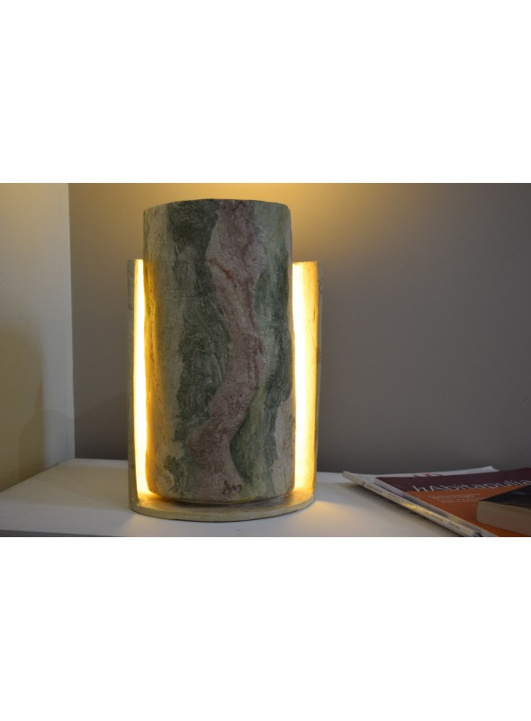 Table lamp hand-crafted in Geris mortar