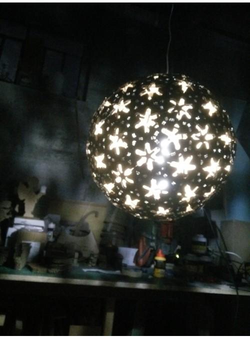 Lampada in cartone a forma di sfera - Geode