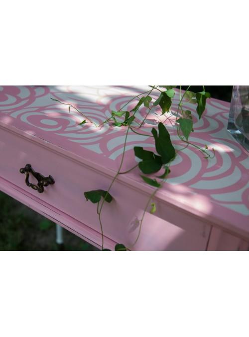 Coppia di comodini vintage con rose