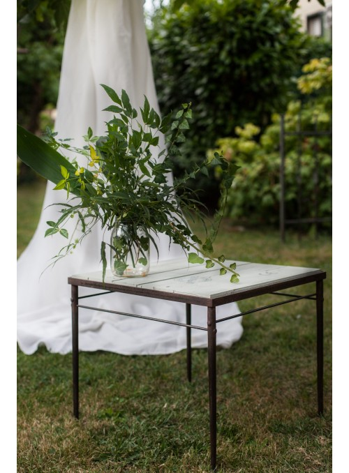 Small Wodden Table Of Design