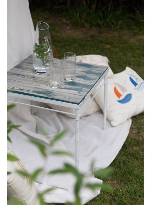 Tavolino quadrato in legno e ferro