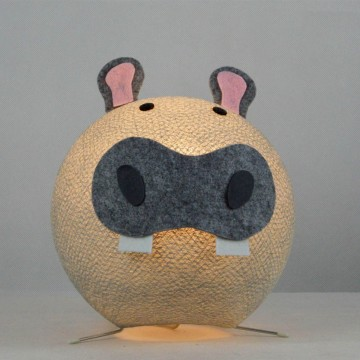 Table lamp in cotton strings and felted fabric for children - Ippo