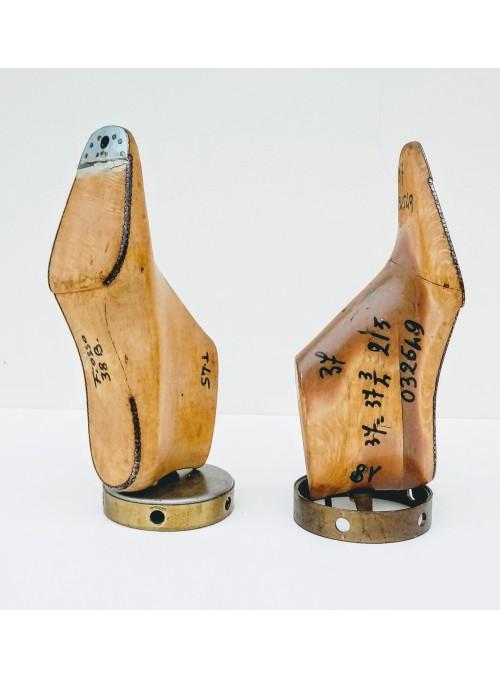 Fermalibri ricavati da forme per scarpe in legno - Metal