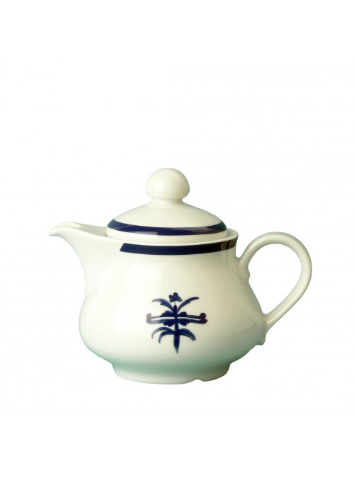Teapot in painted porcelain with blue decoration