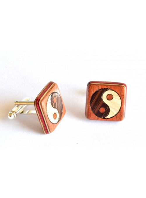 Gemelli intarsiati con con Yin e Yang in legno e metallo