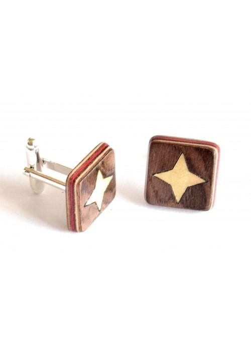 Gemelli intarsiati con il disegno di una stella in legno e metallo