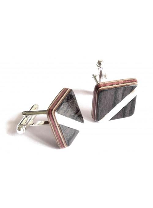 Gemelli intarsiati con il disegno di una striscia grigia in legno e metallo