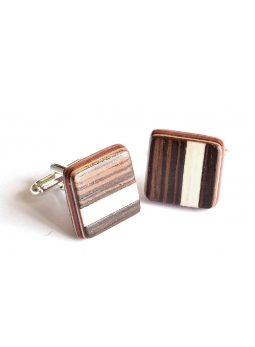 Gemelli intarsiati con il disegno di una striscia in frassino in legno e metallo