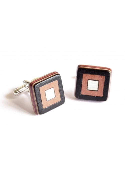 Gemelli intarsiati con il disegno di tre quadrati in frassino in legno e metallo