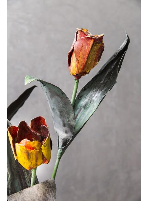 Wrought iron tulip
