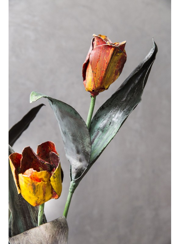 Wrought iron tulip