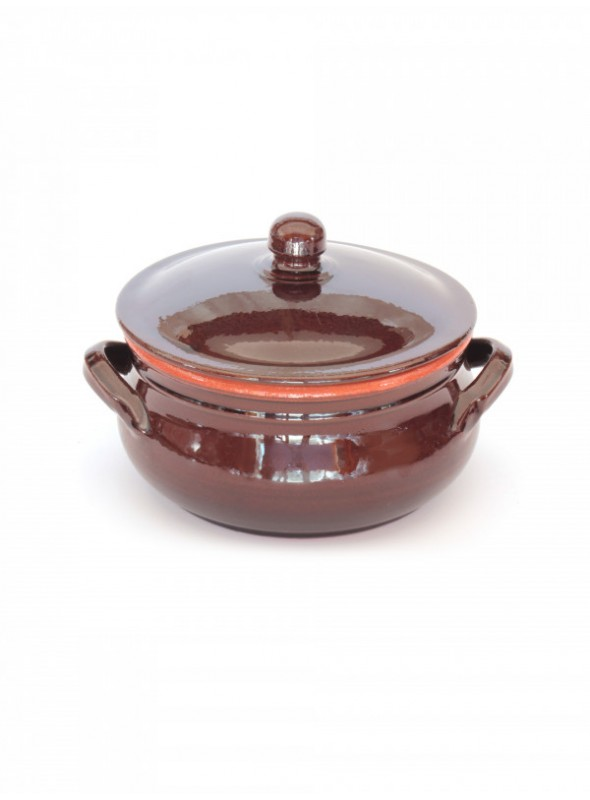 Brown clay fire pan