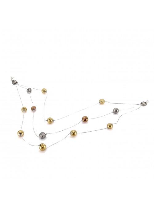 Collana di perline su tre fili