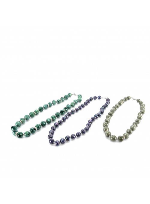 Beads necklace in three colours