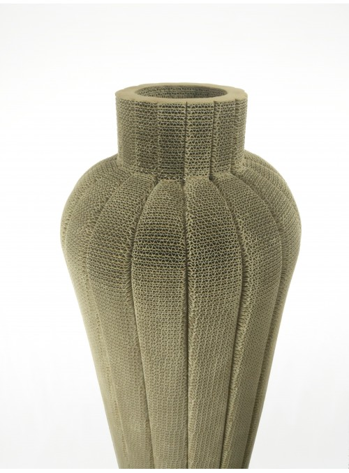 Cardboard vase crafted with new technique - Anubi