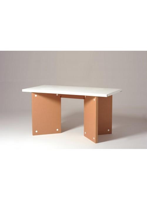 Cardboard office desk - Jobs