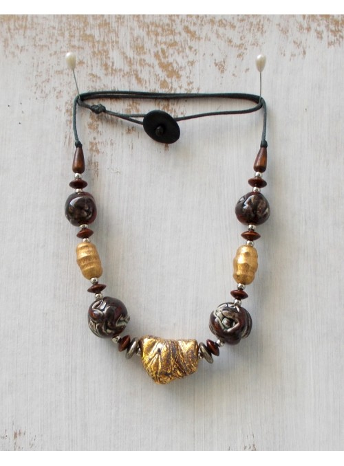 Ceramic necklace in dark red and gold