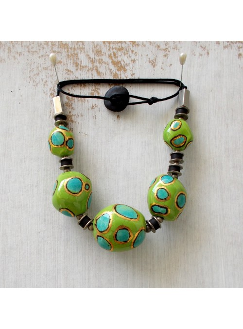 Ceramic necklace with golden beads