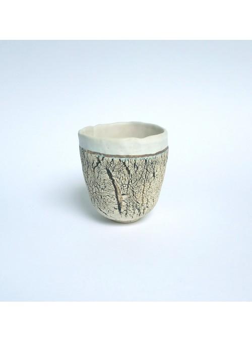 Tazza in ceramica bianca e oro