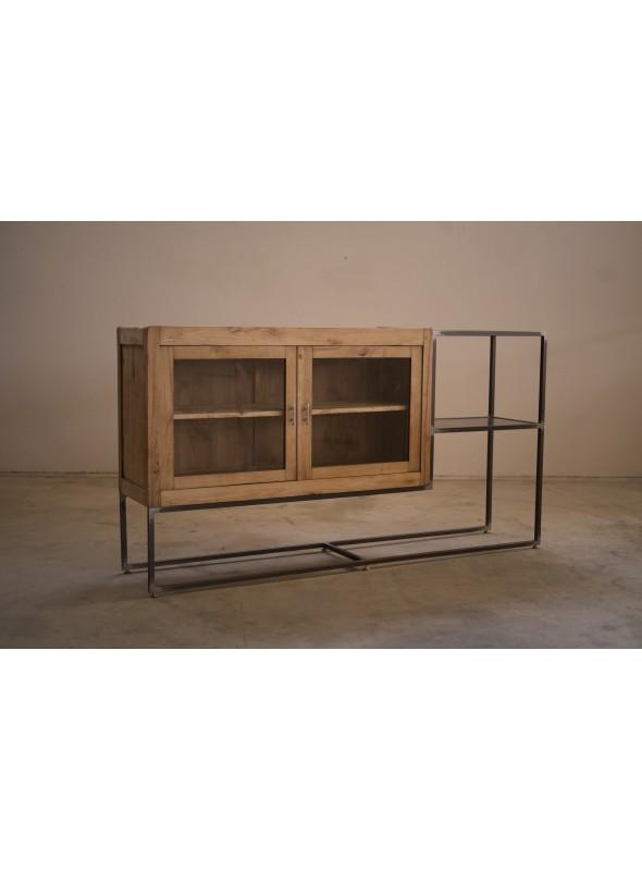 Mobile in legno, resina e ferro