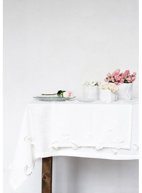 Tablecloth in pure linen with decoration, two measures - Fiori di lino