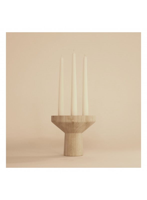 Rounded candlestick in durmast wood