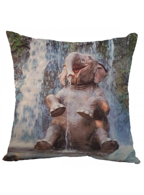 Squared cushion with an elephant - Elefante