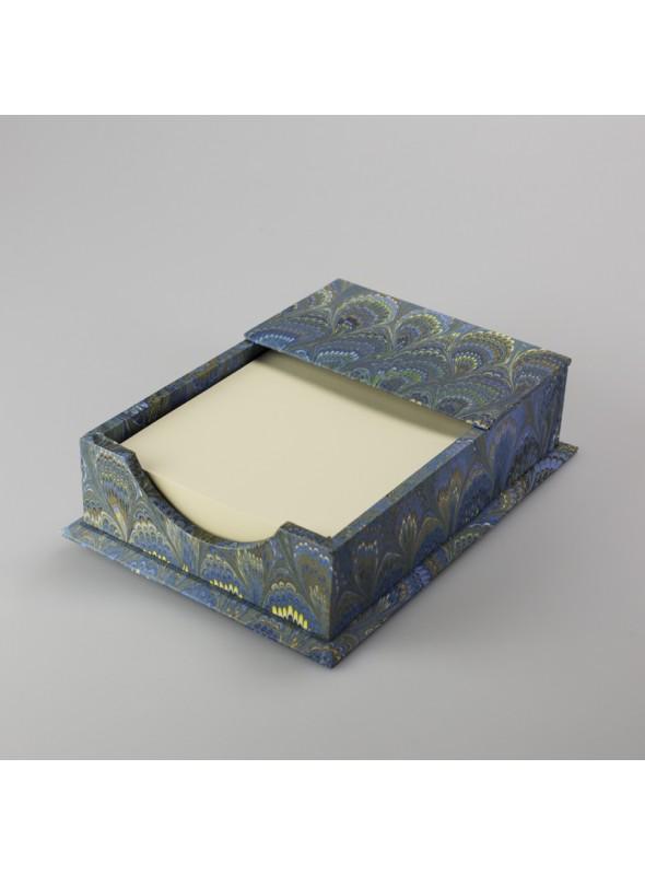 Wooden memo pad box