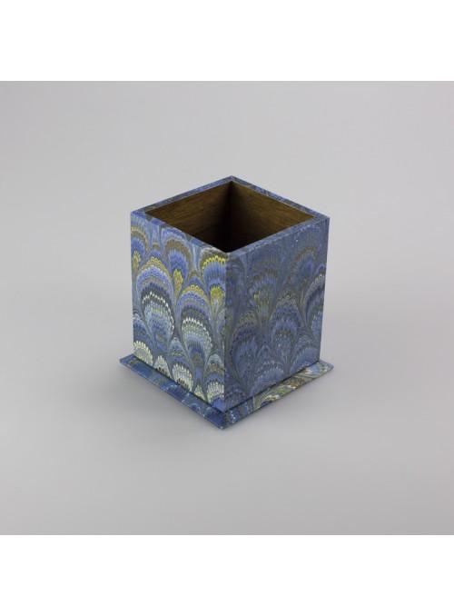 Portamatite quadrato in carta decorata a mano